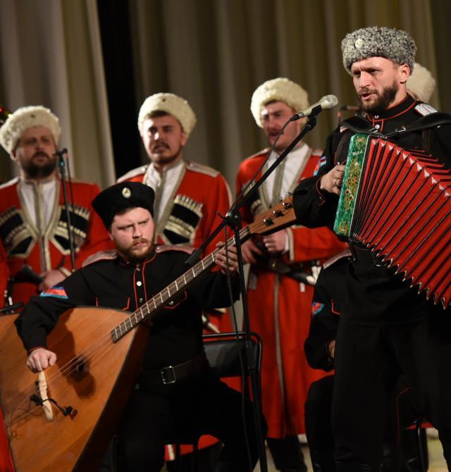 Кубанский казачий хор представит праздничную Рождественскую программу в Краснодаре