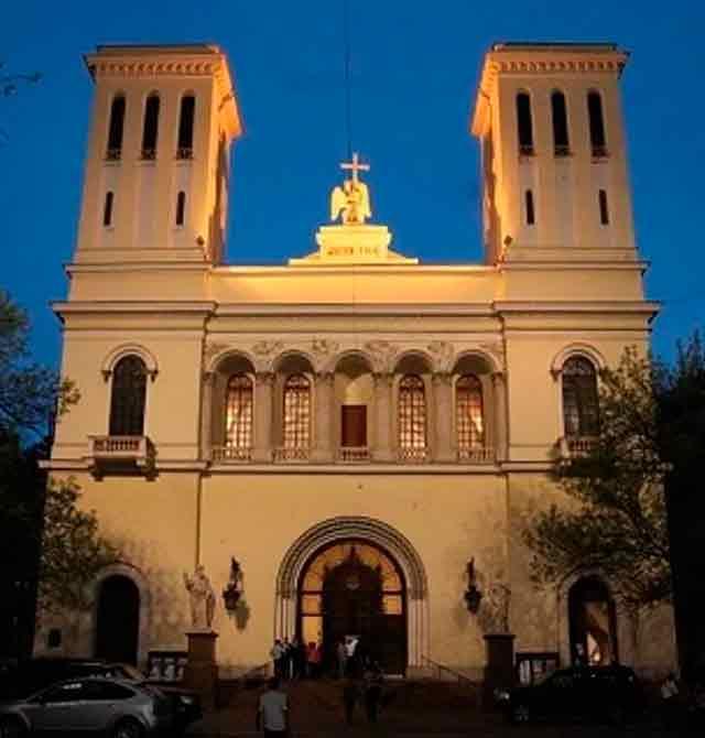 Немецкая евангелическо-лютеранская церковь святых Петра и Павла «Петрикирхе»